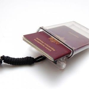 Passeport holder est un boîtier étanche hermétique