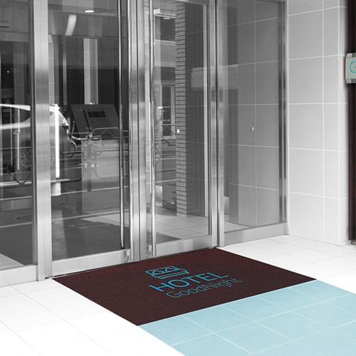 Impression tapis entrée personnalisé avec logo